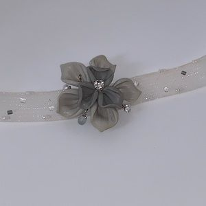 Jewelry - Clay flower rhinestone choker band necklace Grey